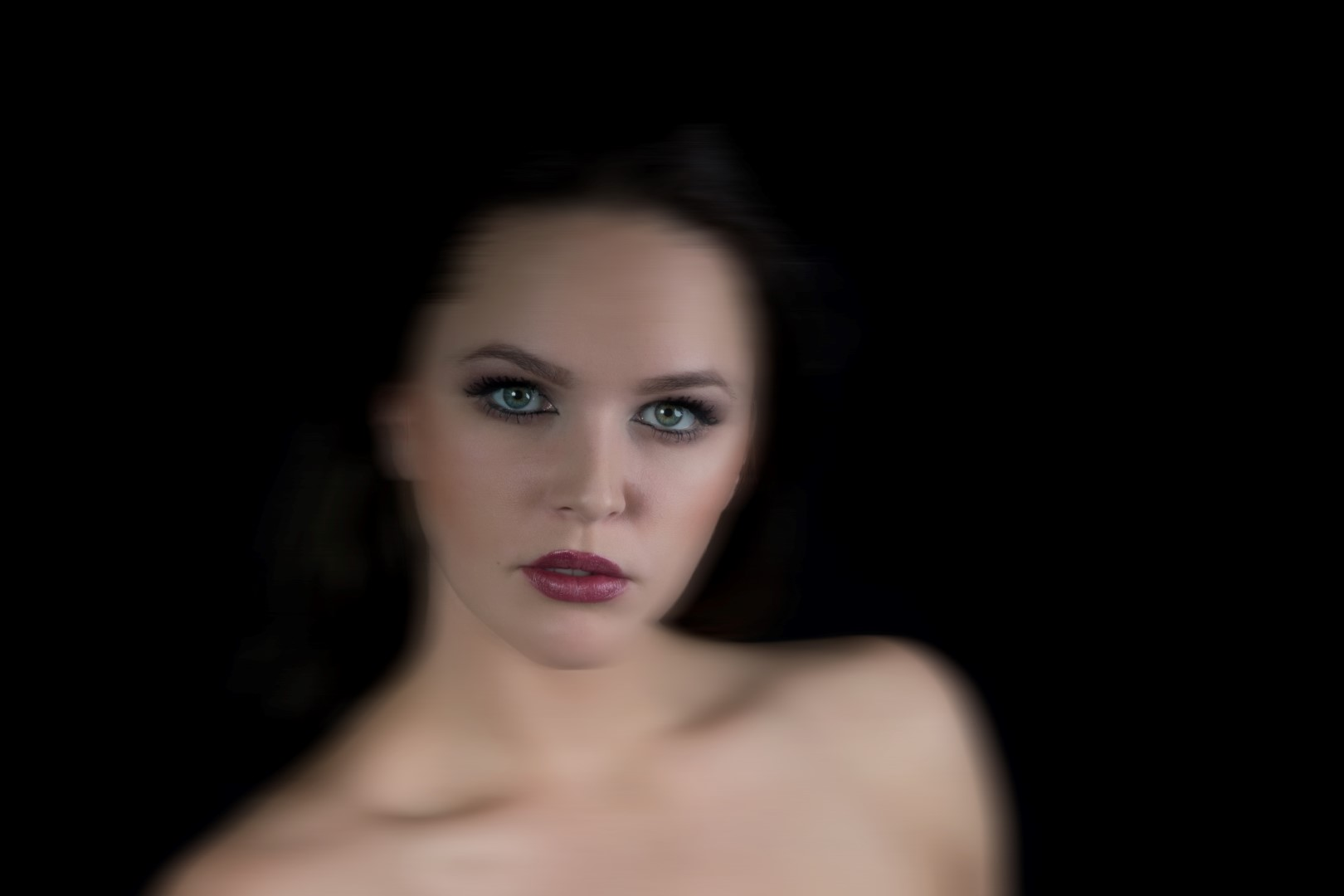 2018-02-28: Bewerkt studio-portret van model Marloes